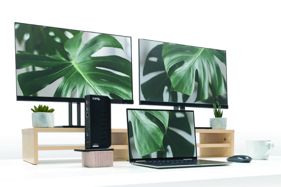 Two large HDMI displays can be used with a MacBook with the UD-3900Z