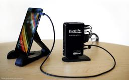 Thumbnail of in-use image of the Pro8 Docking Station