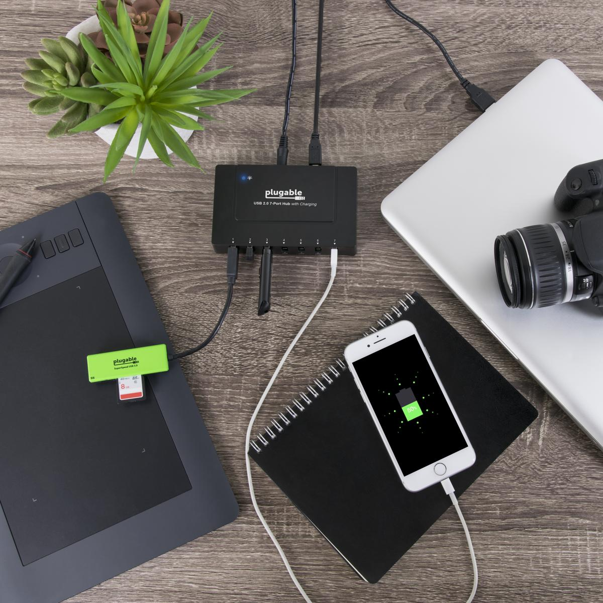 Plugable USB2-HUB7BC with multiple devices plugged in